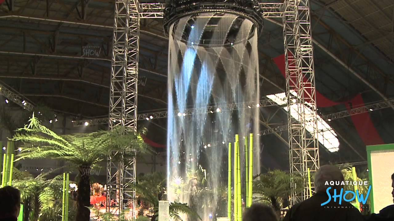 Màn nước tại sự kiện cuối năm
